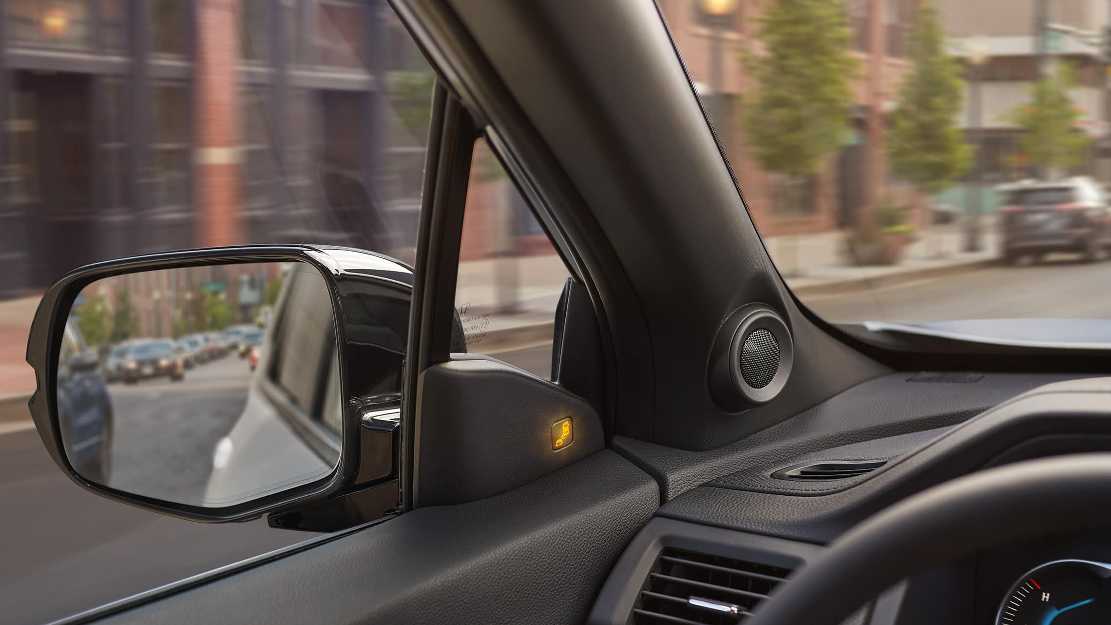 2019 Honda Passport Elite in Lunar Silver Metallic demonstrating the blind spot information system.